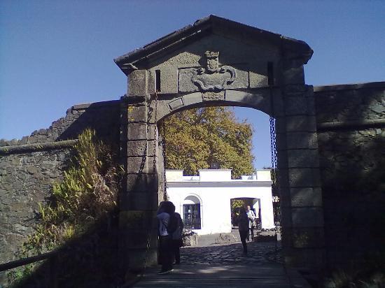 プエルタ・デ・ラ・シウダデラ