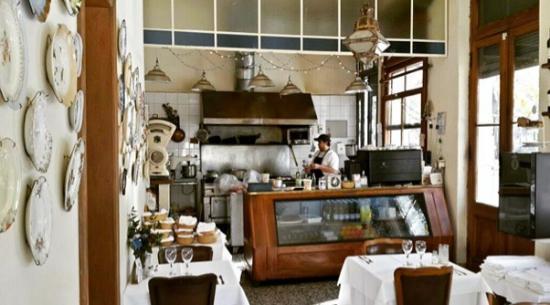 Las Damas Restaurante