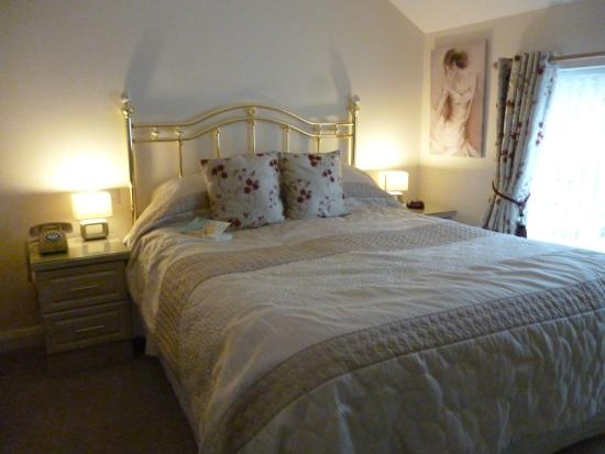 The Old Bell Inn: Deluxe Double room