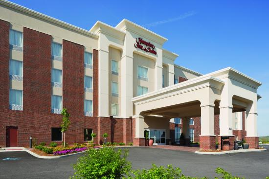 ‪Hampton Inn & Suites Parkersburg Downtown‬