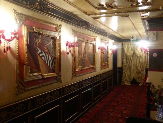 Hotel Maritza: couloir 8 eme etage