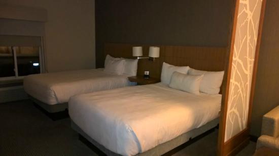 Hyatt Place Boston/Braintree : Beds