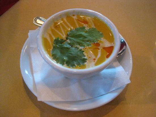 Rain Restaurant & Bar : Elegant butternut squash soup