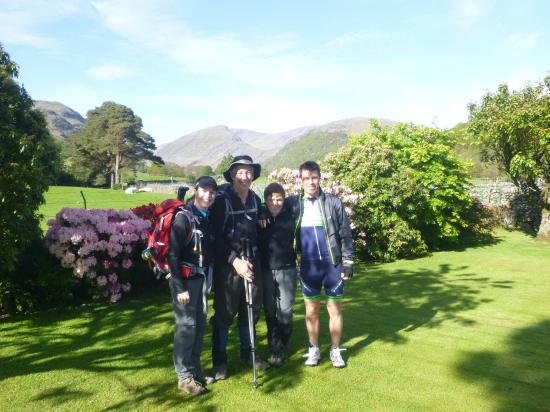 Gillercombe Bed and Breakfast: Lovely location
