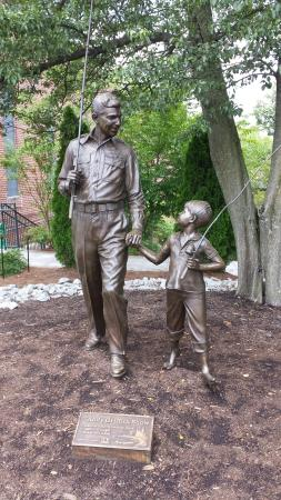 Statue at the Andy Griffith Museum