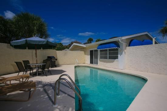 Sea Spray Resort on Siesta Key: Want your own private pool?  Starfish Unit !