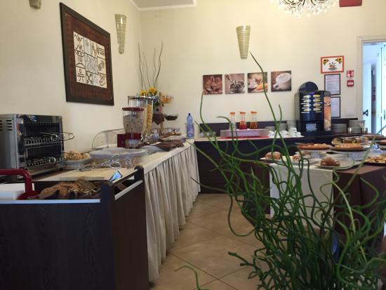 Hotel Alibi: Colazione a buffet