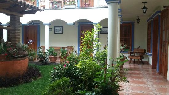 Hotel Rincon de Cuca : Pasillos