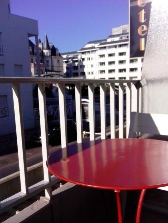 Roc Hotel: Вид на казино с балкончика