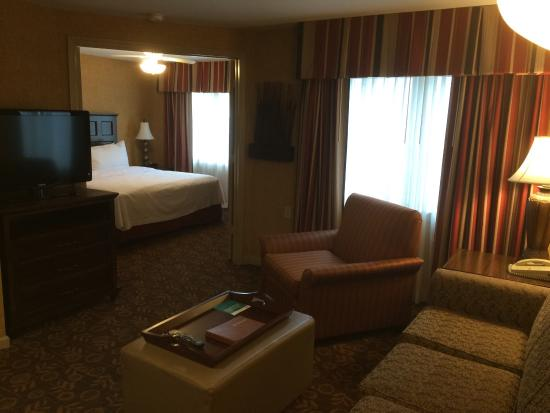 Homewood Suites Syracuse/Liverpool: Nice hotel, has Social evenings and is 2 different buildings each with a gym.  Full kitchen, awa