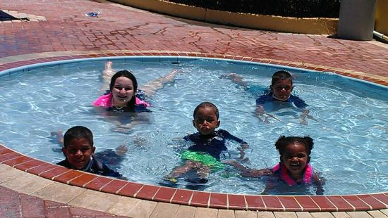 Daytona Inn Seabreeze: Kiddie Pool fun