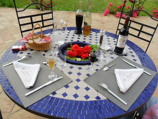 La Maison d'Anais: Une belle table