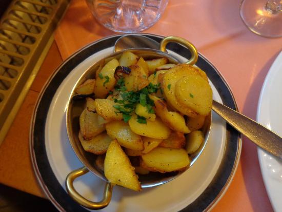 Zur Rose: pan fried potatos