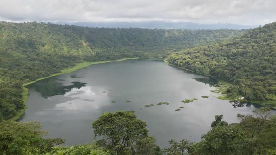 Refugio de Vida Silvestre Bosque Alegre : Laguna Hule