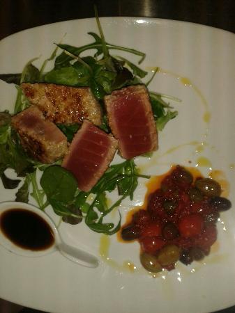 Ombralonga food & drink