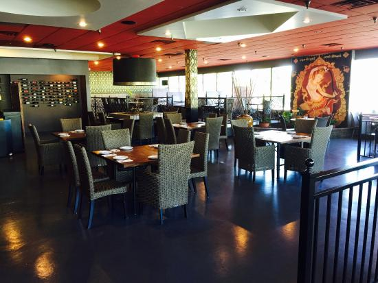 Malakor Thai Restaurant: Electronic ambient music adds to the atmosphere of this open floor plan restaurant.