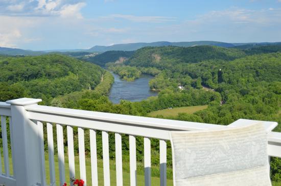 Pearisburg, Вирджиния: The view.