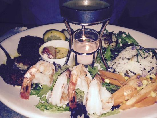 Fernie Cattle Company: INCREDIBLE seafood platter