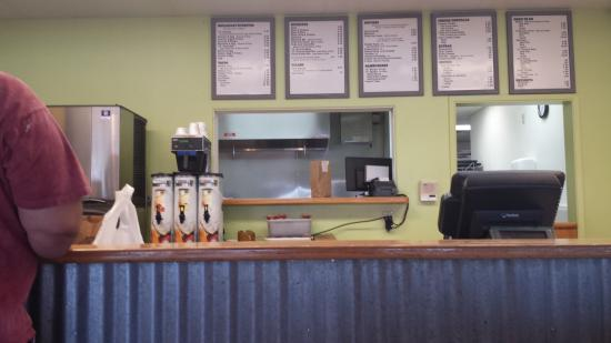 Mr G : Counter/order area