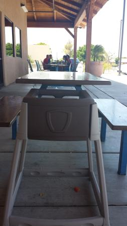 Mr G : Outdoor seating