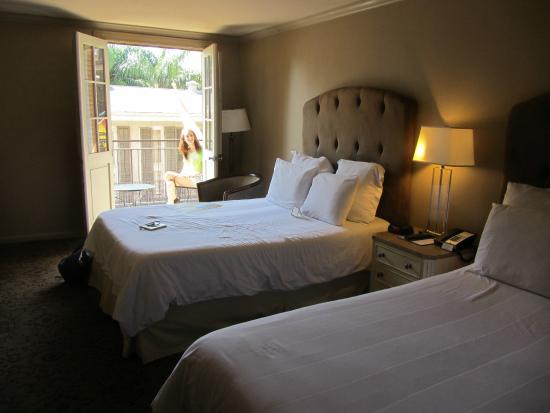 Dauphine Orleans Hotel: Two queens with private balcony room