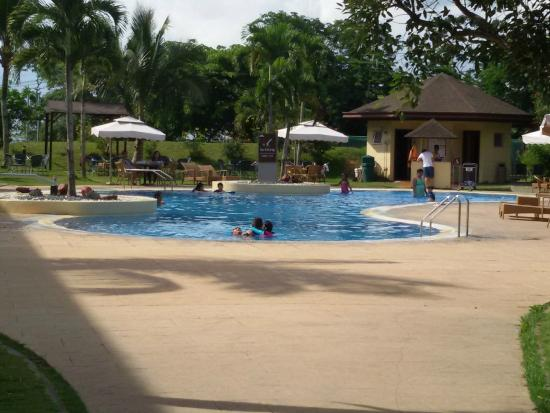 Pool Picture Of Taal Vista Hotel Tagaytay Tripadvisor