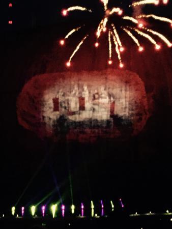 Foto de Lasershow Spectacular at Stone Mountain Park