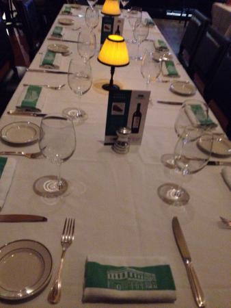 Smith & Wollensky : Frente, mesas e pratos