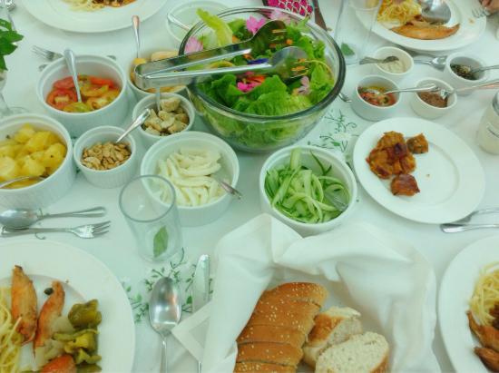 Sonya's Garden B&B: Healthy meal