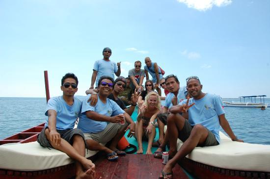 Scuba Froggy - Senggigi: Scuba Froggy team on BIG FROG (some had to be on duty)