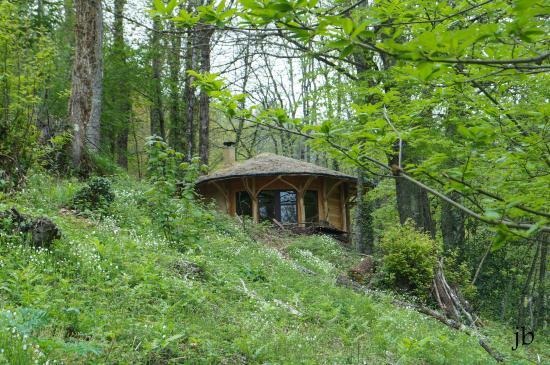 Biert, Frankrike: cabane du fond des bois