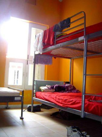 ‪‪The InnCrowd Hostel‬: 2008 Mixed Dorm Bed‬