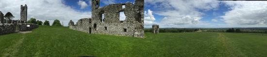 Beautiful Meath Tours : Hill of Slane