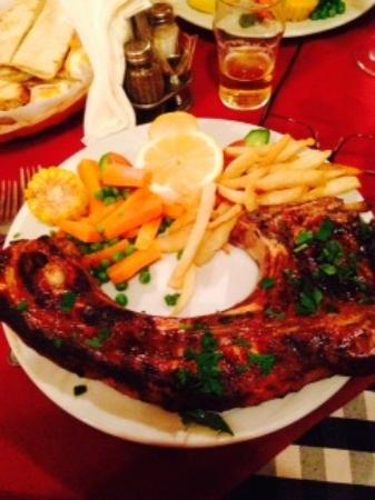 Yiannis Tavern: Tasty cooked to perfection pork chop