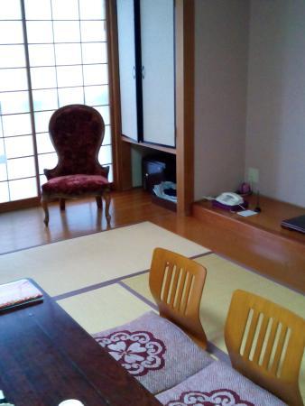 Hotel Stellacote Taiankaku: 部屋は広く、くつろぐことができました。館内は浴衣とスリッパで移動OKです。