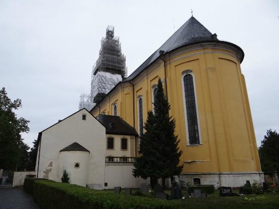 St. Paulin-Kirche: Церковь святого Паулина  Sankt Paulin Kirche  (XIII-XVIII вв.)