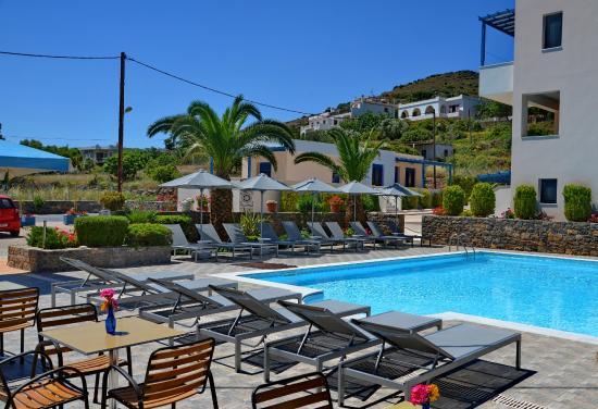 Emporios Bay Hotel : pool