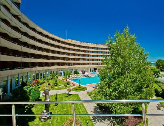 Grand Hotel Pomorie: Outdoor Swimming Pool