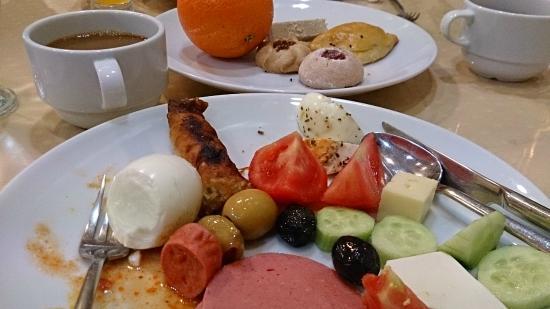 Kafkas Hotel Istanbul: Breakfast