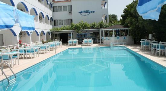 Altinyaz Hotel