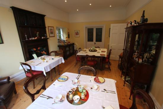 Glen Lodge: The fine breakfast room