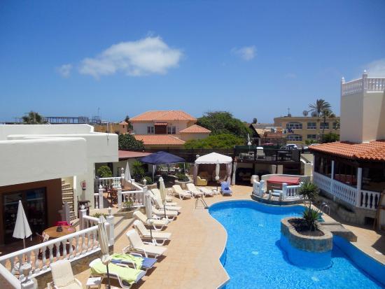 Infiniti Fuerteventura: A fantastic place be , beautiful apartments & villas , with lovely hosts  Ian & Brenda , Pat & R