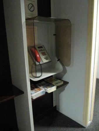 cabina telefonica in hotel rarità - picture of premiere classe ... - Cabina Telefonica