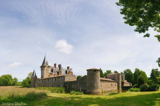 Chateau de la Colaissiere : Ensemble du Château
