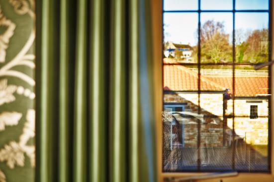 Homefield Grange Retreat: Bedroom View