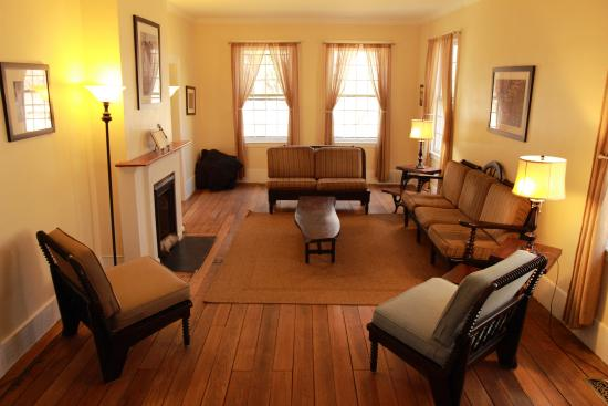 Stanford House: Gather your friends and family in the cozy living room.