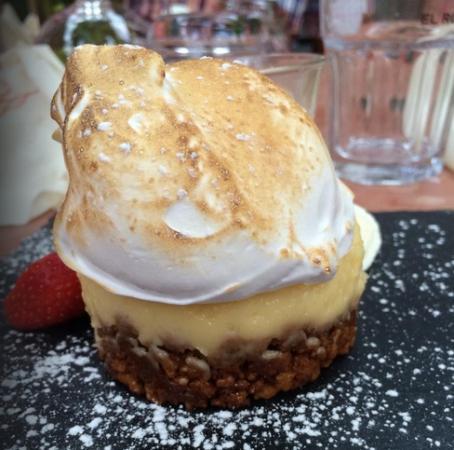 Le Café de Bouzigues : tarte citron meringuée