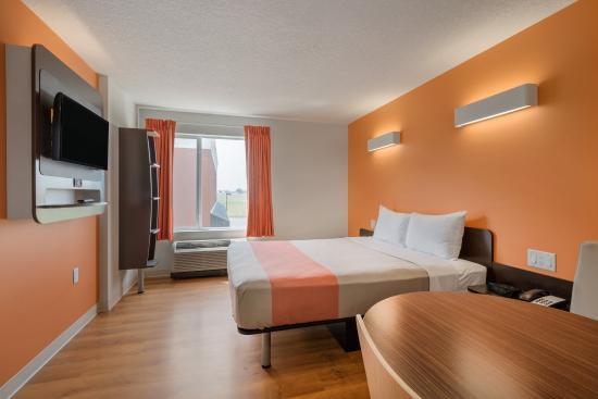 Motel 6 airdrie ab canada voir les tarifs et avis for Trouver un motel