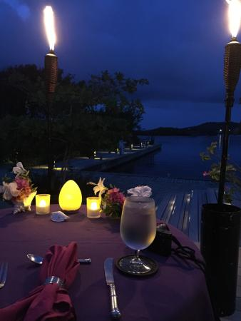 Spa at Barefoot Cay: Dinner at Barefoot Cay after our couples massage on the palapa