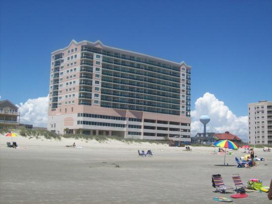 Laguna Keyes Resort: Lovely wide, quiet beach area. 703 is second floor up from parking garage.